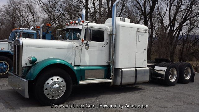 1957 Kenworth Needlenose